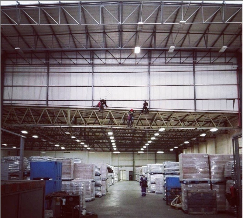 High level Warehouse Cleaning